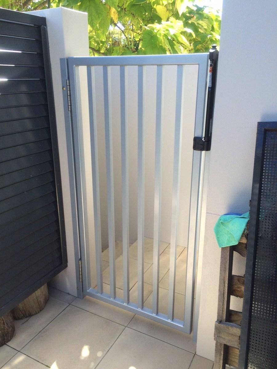 Custom-Gates-7