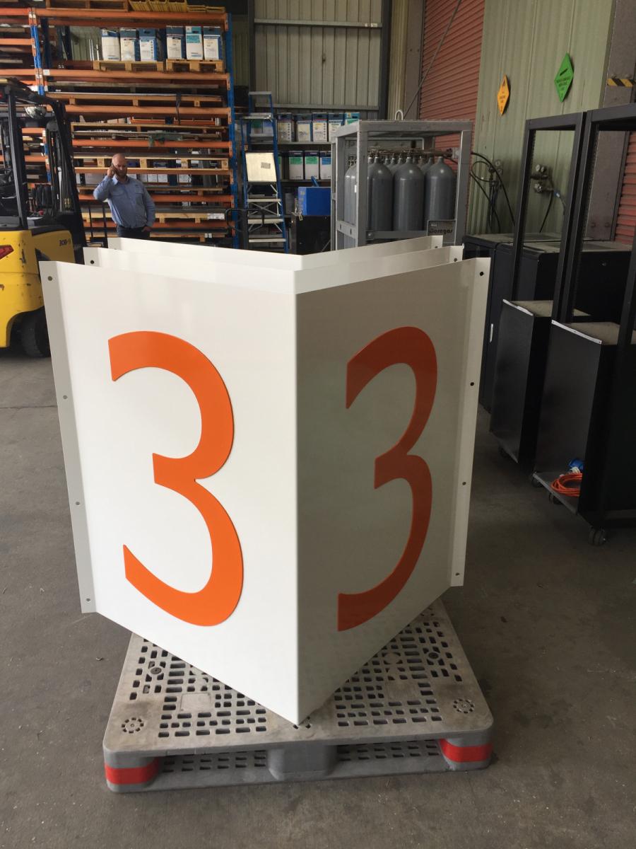 Shop-displays-numbers-6